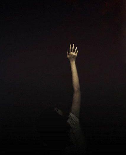 Dia Sang Abstrak : Sebuah Cerpen